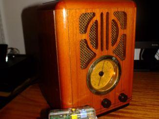 旧物利用:树莓派唤活古董收音机