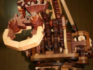 甚酷!全木质机械臂,手感完爆挖掘机