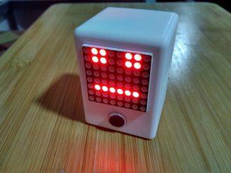 用 Arduino DIY 假唱机器人+卖萌表情包