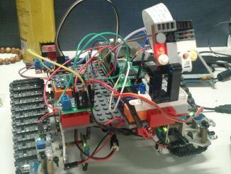树莓派+nodejs打造物联网图传控制履带车