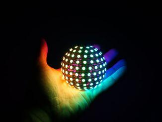 用 ESP32 制造炫彩 LED 球